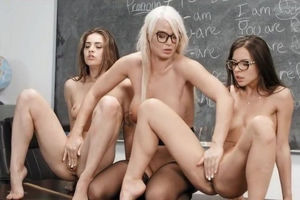 Astounding girl-on-girl display for..