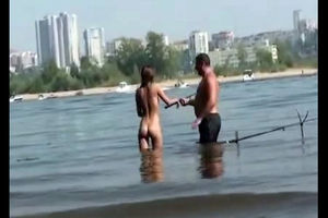 Bare damsels on the beach for swingers..